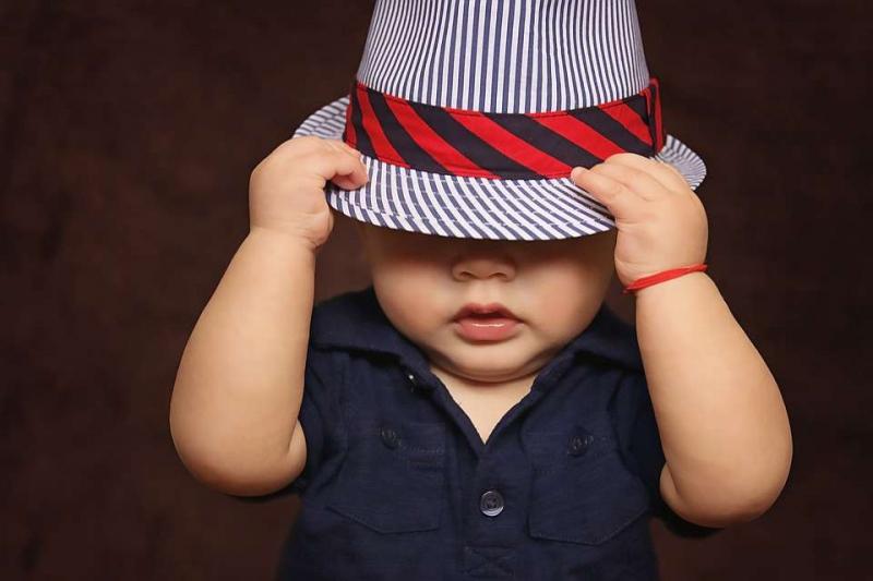 婴儿肚子里咕噜咕噜的响怎么回事婴儿肚子里咕噜咕噜的响喂养方面的注意事项